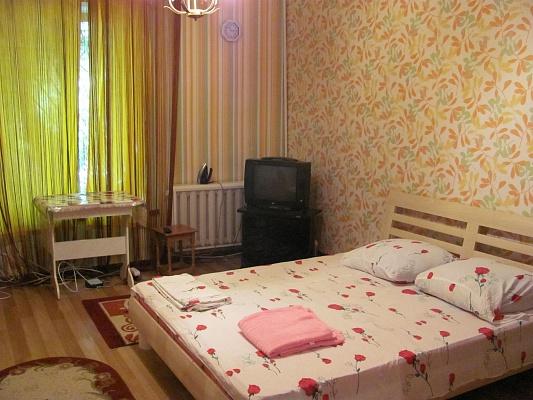 1-комнатная квартира посуточно в Одессе. Приморский район, ул. Жуковского, 8. Фото 1