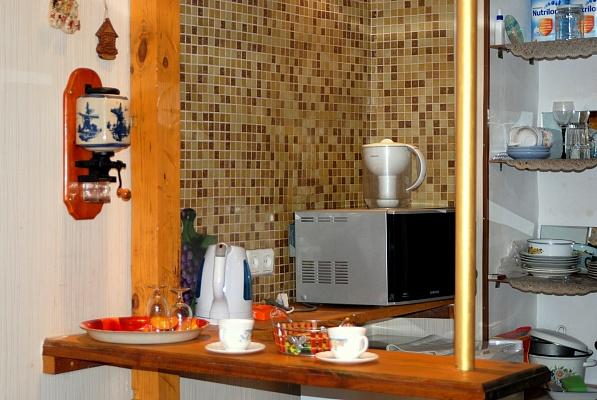 1-комнатная квартира посуточно в Одессе. Приморский район, ул. Преображенская, 58. Фото 1