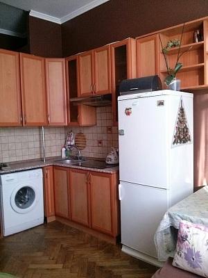 1-комнатная квартира посуточно в Львове. Галицкий район, ул. Удатного, 15. Фото 1