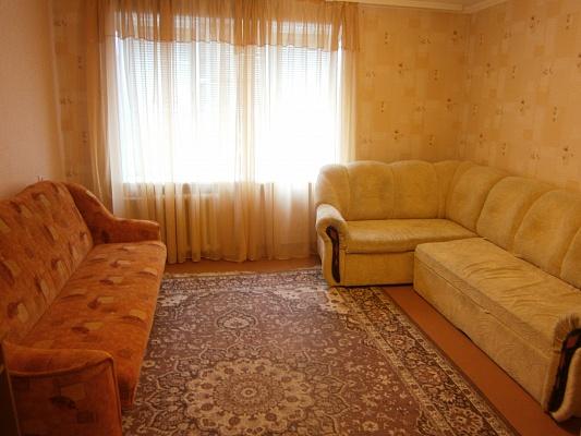 2-комнатная квартира посуточно в Белой Церкви. б-р 50 лет Победы, 159. Фото 1