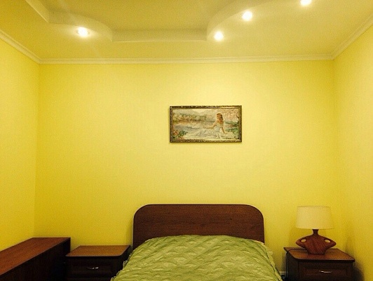 2-комнатная квартира посуточно в Житомире. ул. Бориса Тена, 18. Фото 1
