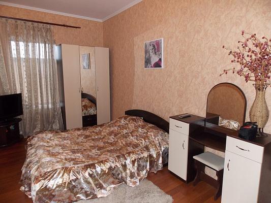 1-комнатная квартира посуточно в Кировограде. Ленинский район, ул. Гоголя, 77. Фото 1