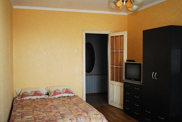 1-комнатная квартира посуточно в Житомире. пр-т Мира, 7. Фото 1