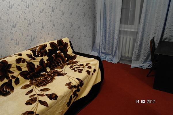 3-комнатная квартира посуточно в Севастополе. Гагаринский район, ул. Н. Островской, 16. Фото 1