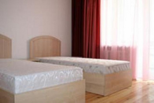 3-комнатная квартира посуточно в Трускавце. ул. Стебницкая, 104. Фото 1