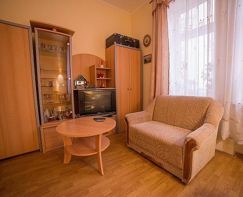 1-комнатная квартира посуточно в Львове. Галицкий район, ул. Наливайка, 15. Фото 1
