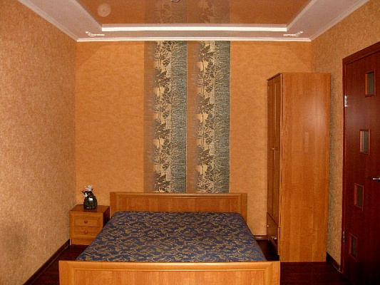 1-комнатная квартира посуточно в Сумах. Ковпаковский район, ул. Металлургов, 2. Фото 1