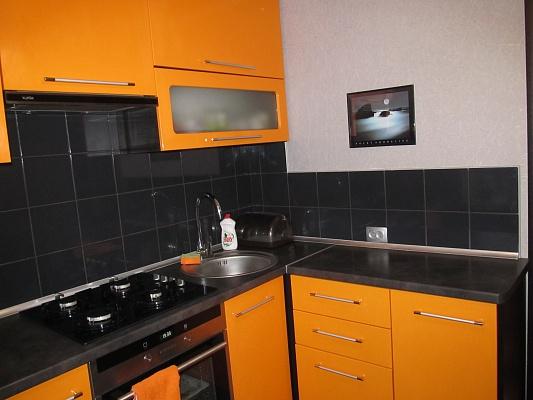 2-комнатная квартира посуточно в Сумах. Заречный район, ул. Богуна, 16. Фото 1