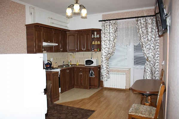 1-комнатная квартира посуточно в Трускавце. ул. Суховоля, 9. Фото 1