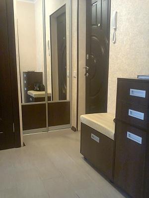 1-комнатная квартира посуточно в Краматорске. ул. Парковая, 95. Фото 1