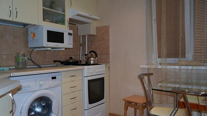 2-комнатная квартира посуточно в Севастополе. Гагаринский район, ул. Ефремова, 30. Фото 1
