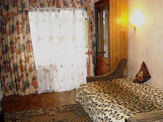 1-комнатная квартира посуточно в Горловке. пр-т Победы, 58. Фото 1