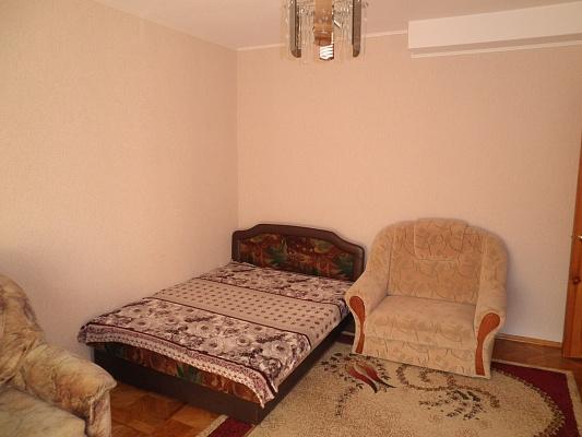 1-комнатная квартира посуточно в Алуште. ул. Хромых, 3. Фото 1