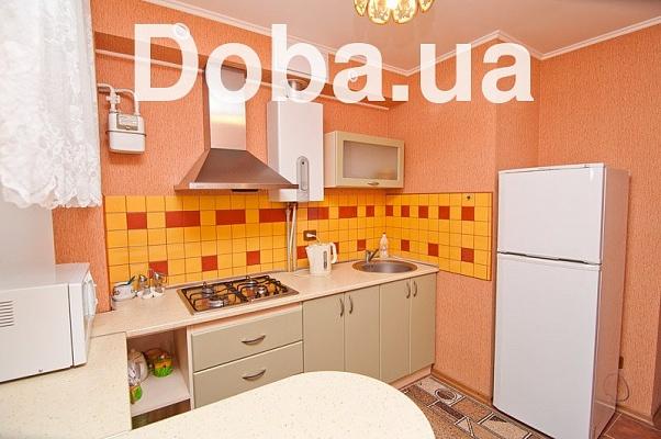 1-комнатная квартира посуточно в Феодосии. пер. Тамбовский, 3. Фото 1
