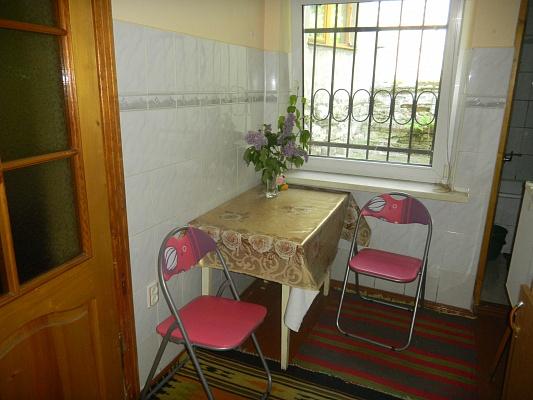 1-комнатная квартира посуточно в Львове. Галицкий район, М.Кривоноса, 17. Фото 1
