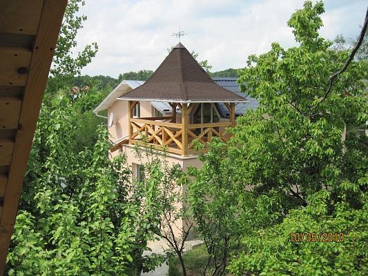 Дом  посуточно в Ужгороде. шахта. Фото 1