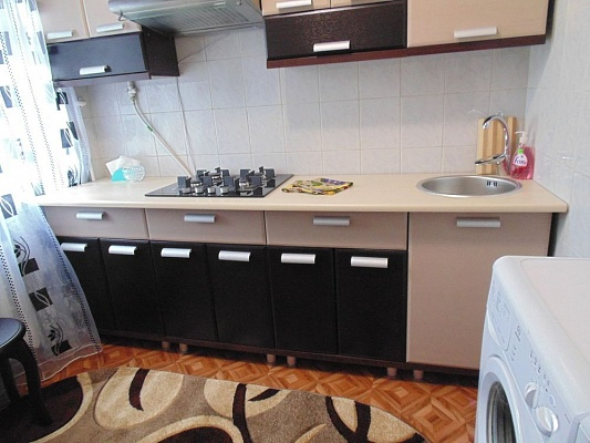 1-комнатная квартира посуточно в Умани. ул. Ленина, 53. Фото 1