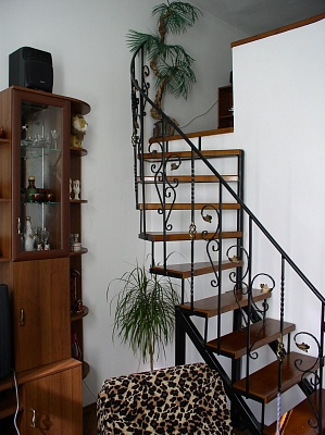 2-комнатная квартира посуточно в Ивано-Франковске. ул. Бельведерська, 8. Фото 1