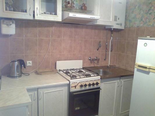 2-комнатная квартира посуточно в Хмельницком. ул. Камянецькая, 107. Фото 1