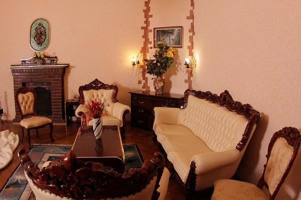 3-комнатная квартира посуточно в Одессе. Приморский район, пл. Екатерининская, 5. Фото 1