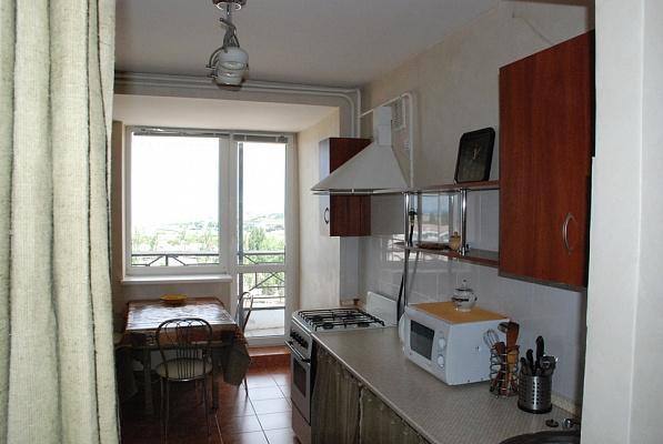 2-комнатная квартира посуточно в Севастополе. Гагаринский район, ул. Тульская, 3. Фото 1