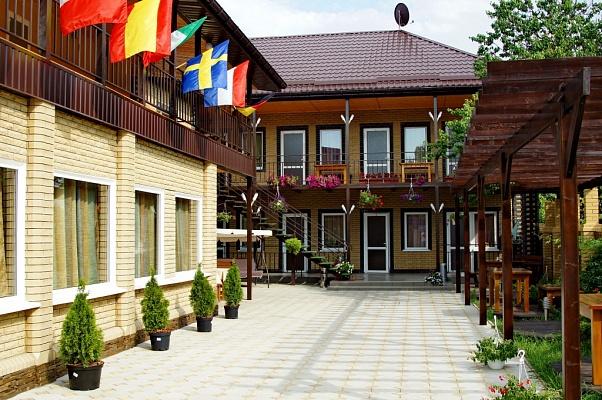 Мини-отель  посуточно в Бердянске. ул. Тищенко, 33. Фото 1