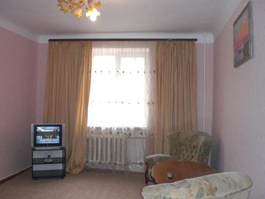 1-комнатная квартира посуточно в Севастополе. Ленинский район, ул. Б.Морская, 40. Фото 1