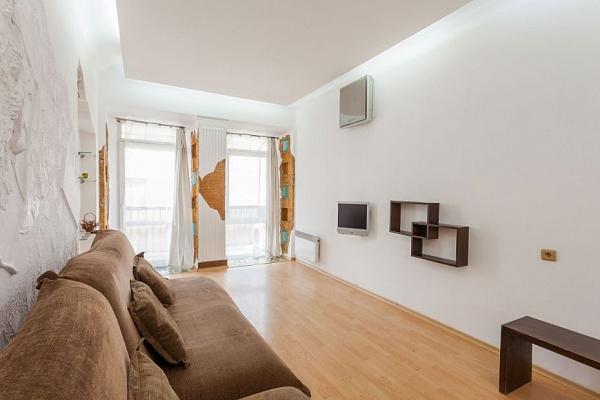 1-комнатная квартира посуточно в Одессе. Приморский район, ул. Дерибасовская, 1. Фото 1