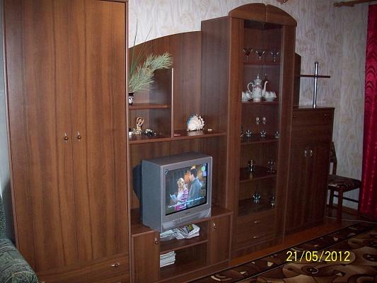 1-комнатная квартира посуточно в Евпатории. ул. Полупанова, 40. Фото 1
