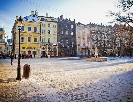 1-комнатная квартира посуточно в Львове. Галицкий район, пл. Рынок, 3. Фото 1