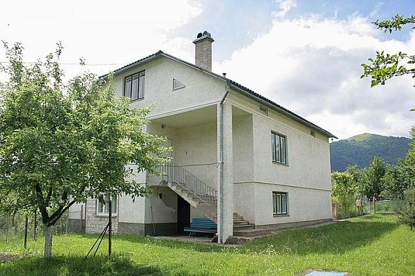 Дом  посуточно в Воловце. ул. Подгорная, 62. Фото 1