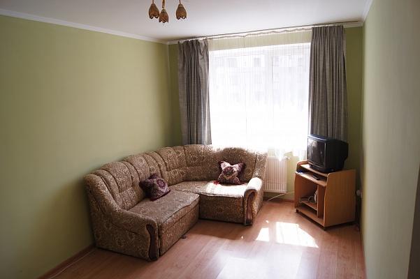 1-комнатная квартира посуточно в Ивано-Франковске. Пулюя, 15а. Фото 1