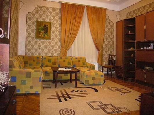 2-комнатная квартира посуточно в Виннице. Ленинский район, ул. Малиновского, 23. Фото 1