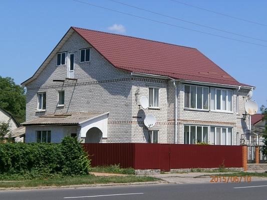 Дом  посуточно в Миргороде. ул. Сорочинская, 117 а. Фото 1