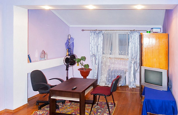 2-комнатная квартира посуточно в Трускавце. ул. Сагайдачного, 5. Фото 1