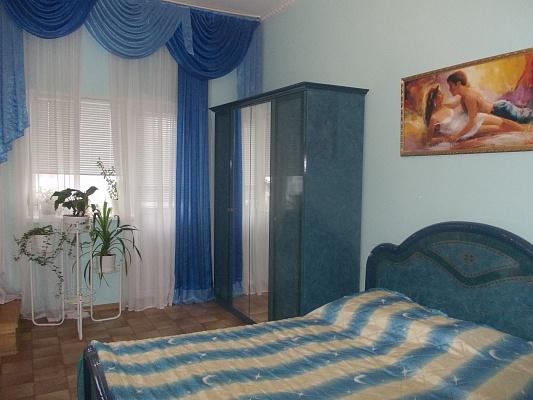 Дом  посуточно в Феодосии. ул. Базарная, 10. Фото 1