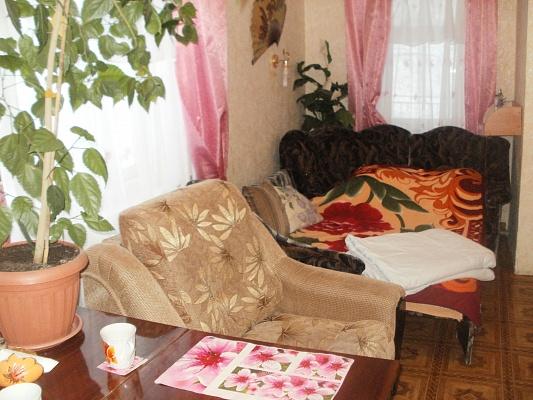 1-комнатная квартира посуточно в Бердянске. ул. Первомайская , 15. Фото 1