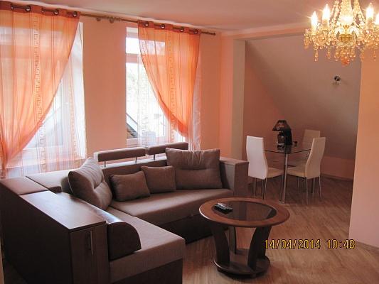 Комната  посуточно в Трускавце. ул. Роксоланы, 15а. Фото 1