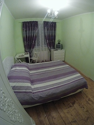 1-комнатная квартира посуточно в Львове. Франковский район, ул. Антоновича, 13. Фото 1