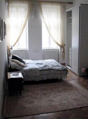 1-комнатная квартира посуточно в Львове. Лычаковский район, ул. Чехова, 5. Фото 1