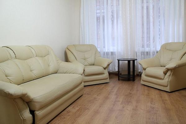 2-комнатная квартира посуточно в Одессе. Приморский район, ул. Коблевская, 38. Фото 1
