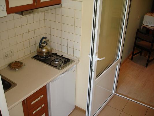 1-комнатная квартира посуточно в Ялте. ул. Кирова, 10. Фото 1