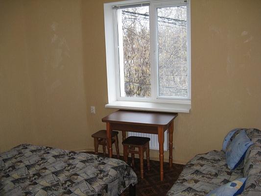 Комната  посуточно в Симферополе. Железнодорожный район, пер. Вокзальный, 2. Фото 1