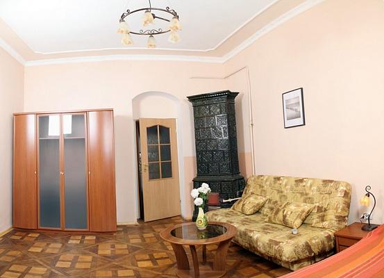 1-комнатная квартира посуточно в Львове. Лычаковский район, ул. Кониского, 7. Фото 1