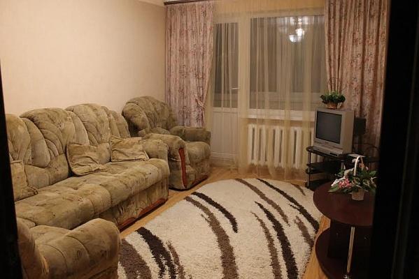 2-комнатная квартира посуточно в Виннице. Ленинский район, ул. Стахурского, 74. Фото 1