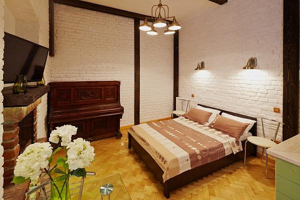 1-комнатная квартира посуточно в Львове. Лычаковский район, ул. Римлянина, 7. Фото 1