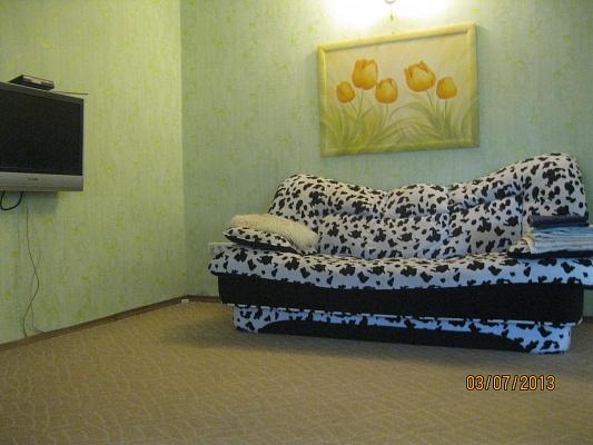 2-комнатная квартира посуточно в Полтаве. Октябрьский район, ул. Пушкина, 2. Фото 1