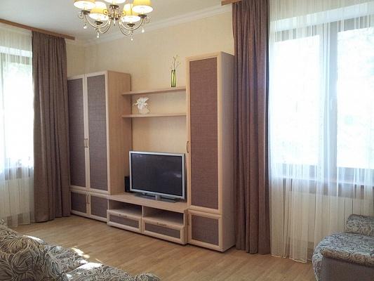 2-комнатная квартира посуточно в Киеве. Соломенский район, ул. Брюллова, 1. Фото 1