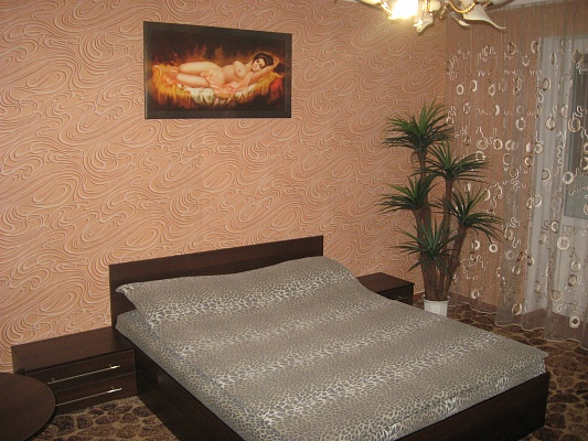 1-комнатная квартира посуточно в Ровно. ул. Даниила Галицкого, 2. Фото 1