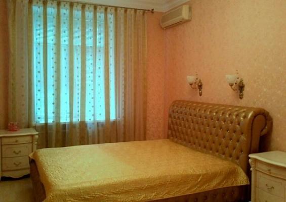 2-комнатная квартира посуточно в Севастополе. Ленинский район, ул. Очаковцев, 2. Фото 1
